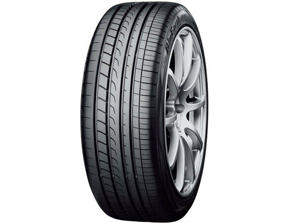 Yokohama BluEarth RV-02  235/65 R18 106V
